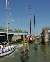 Boot_door_sluis