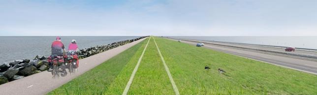Visualisatie van het fietspad dat aan de Waddenzeekant van de Afsluitdijk wordt gerealiseerd