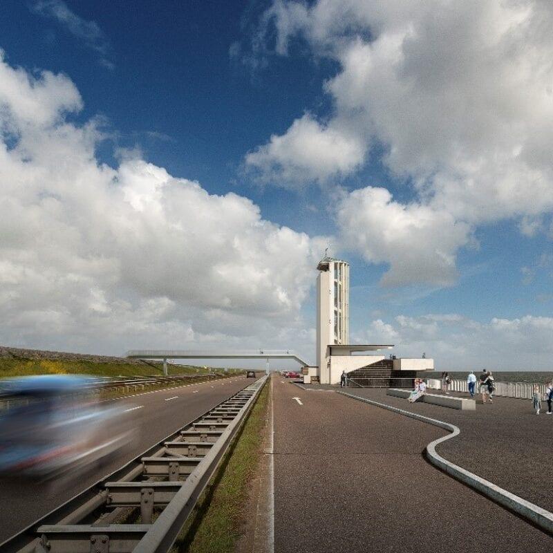 Op deze visual zie je een visualisatie van het gerenoveerde Monument, vanaf de weg. Op de achtergrond zie je een blauwe lucht met grote witte wolken.