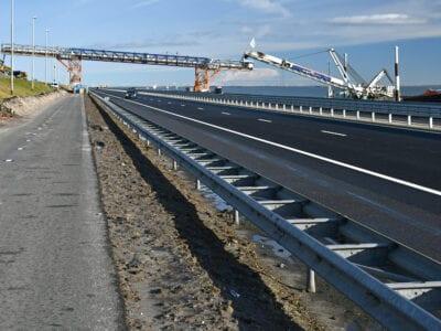 zandtransportband over de afsluitdijk